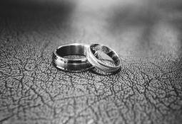 ../client/njkl/userfiles/original/black-and-white-close-up-engagement-17834.jpg